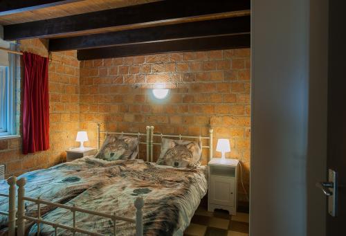 slaapkamer beneden met 2 eenpersoonsbedden
